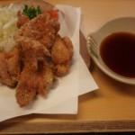 京都駅近くにある「とり八」の「ぽんから」を食す