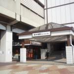 新木場駅からJR京葉線で海浜幕張駅へ