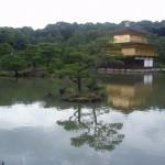 金閣寺を観光
