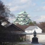 名古屋城に向けて歩いて移動