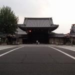 西本願寺の外周
