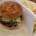 御殿場プレミアムアウトレットのWest Park Cofeで昼食