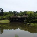 玄宮園と楽々園、抹茶をいただく