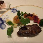 小田急 山のホテルのレストラン「ヴェル・ボワ」で夕食