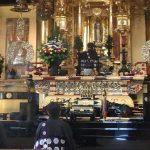 築地本願寺での朝のおつとめ「晨朝」