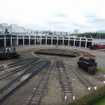 京都鉄道博物館、扇形車庫にSL機関車大量展示、転車台も