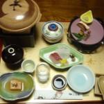 上松屋旅館での夕食は部屋食
